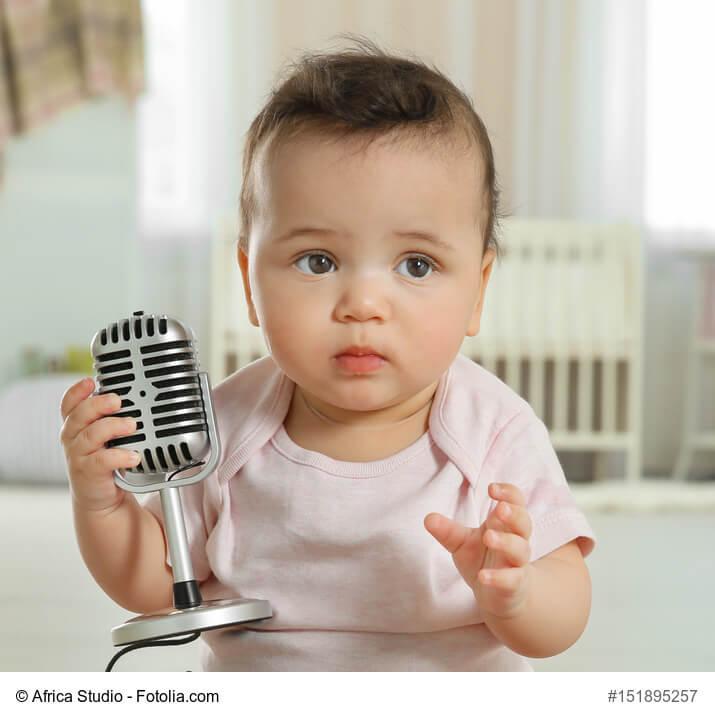 Baby менен Наушник