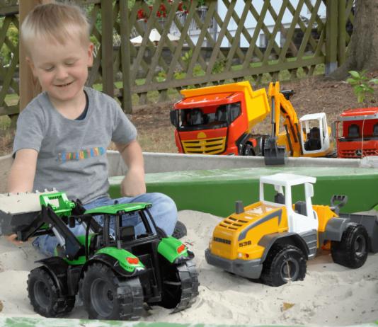 lena-worxx-traktor-kotak pasir