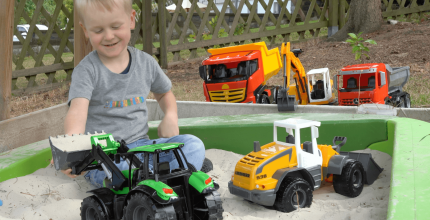 lena-worxx-traktor-sandkasten